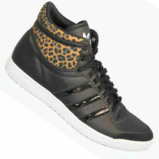 adidas Flat (0 to 1/2 in.) Leather Lace Up Shoes for Women