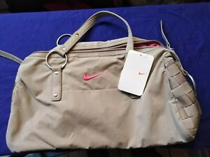 NIKE DANCE - WOMENS ALL PURPOSE GYM BAG - - NEW WITH TAGS
