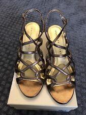 Excellent Martinez Valero bronze Metal leather sandals shoes sz 8.5M.