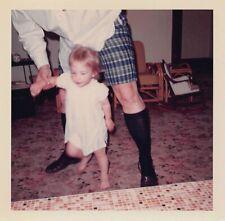MYSTERY DAD MAN SHORTS BLACK SOCKS SLIPPERS - NICE LEGS VTG 1950s PHOTO 236