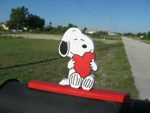 """NEW Snoopy """"with a big heart"""" Mailbox Topper Handmade"""