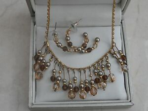 Vintage Signed  Napier Gold Tone Necklace Earring Set