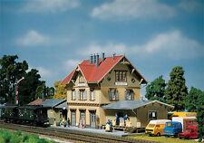 110107 Faller HO Kit of Güglingen Station - NEW