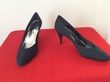 Le Soir Womens Size 7 Black  Heels Shoes Pumps Made In Spain. (b27)