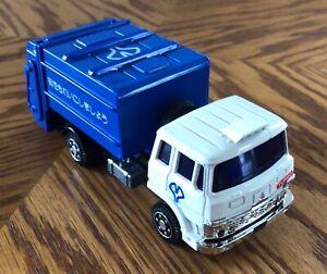 Yonezawa Toys (Diapet - Japan) 1/55th Isuzu Sanitary (Garbage/Waste/Trash) Truck