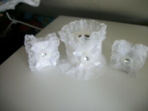 3PC ALLOVER WHITE DECORATED SOAP AND TISSUE COVER SET