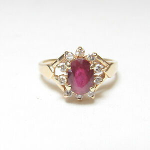 Estate 14K Yellow Gold 1.10 Ct Natural Oval Blood Red Ruby And Diamond Halo Ring