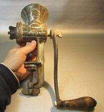 Vintage Keen Kutter 22 1/2 KK Meat Grinder Cast Iron Mincer 1 Die