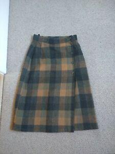 VTG St Michael Skirt Wool UK Size 12 M&S Check Button Front Knee Length