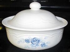 Pfaltzgraff Blue Floral Rose Pattern Memories Covered Casserole Serving Bowl