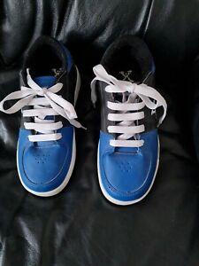 Boys Heelys Sidewalk Sports Shoes Size 3