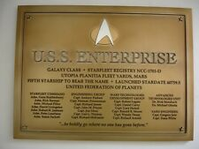 STAR TREK RESIN PLAQUE OF THE USS ENTERPRISE NCC-1701-D GALAXY CLASS.