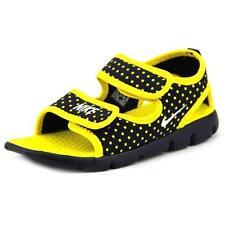 Chaussures Nike pour garçon de 2 à 16 ans pointure 25