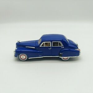 1941 CADILLAC SERIES 60 SPECIAL BLUE 1/32 DIECAST BY SIGNATURE MODELS 32357