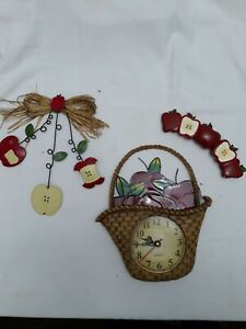 Apple Country Kitchen Quartz Stained Glass Wall Clock and Accessories