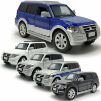 1/32 Scale Mitsubishi Pajero SUV Model Car Diecast Vehicle Toy Collection Gift