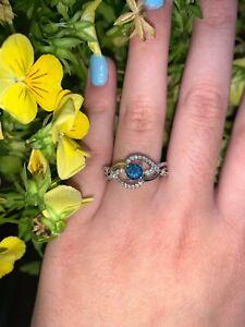 Beautiful Montana Yogo Sapgire and Diamond Ring