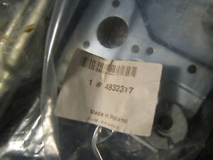 NEW OE Saab 9-5 Windshield Wiper Linkage 4832317 Fits 1999 to 2009