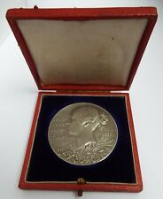 HANDSOME LARGE HEAVY 85g ANTIQUE 1897 QUEEN VICTORIA STERLING SILVER CASED MEDAL