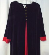 CHIHA LONG HOUSE DRESS RED BLACK W/GOLD LOOKIN BUTTON SIZE 3X