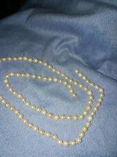 Akoya Perlenkette ohne Verschluss.