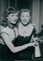 Actrice Dominique Wilms , 1954, vintage silver print vintage silver printDom