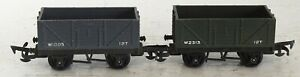 2 TRI-ANG R10 MINERAL, COAL WAGONS OO GAUGE MODEL TRAINS PRE HORNBY