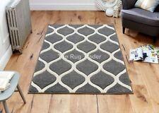 Tapis gris avec des motifs Géométrique pour la chambre à coucher