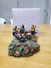 San Francisco Music Box Company 41-22253-3-00 Car Racing Cows Figurine