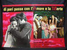 FOTOBUSTA CINEMA - DI PARI PASSO CON L'AMORE E LA MERTE - A. HUSTON - 1969 -DRAM