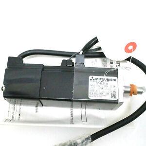 New In Box MITSUBISHI HC-KFS13B HCKFS13B AC Servo Motor