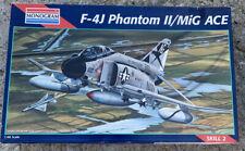 REVELL/MONOGRAM 1/48  F-4J PHANTOM II 'MIG ACE AIRCRAFT KIT 5813 No Inst