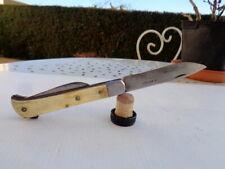 Couteau Ancien de Berger Le Paysan Pietin Outil Art Populaire Corne Bovine
