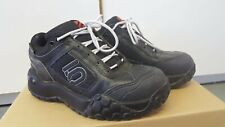 Five Ten Youth, Kids Shoes Hiking, Biking, Stealth Rubber, Size 6, 510