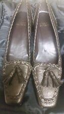 Stuart Weitzman Shoes Brown Kitten Heels Size 7.5 N Leather Tassel Spain