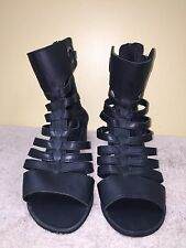 Forever 21 black gladiator sandals back zipper size US 9 EUR 39 pre-owned