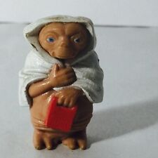 VINTAGE 1982 E.T. FIGURE WITH SPEAK & SPELL AND TOWEL ET