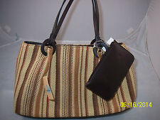 Carryland Fashion Straw Bag Multi Color Wood Rings Magnetic Closure Brown