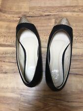 Alexis Leroy Women's Gold Shiny Upper Design Fashion Shallow Flats Shoes sz 7.5