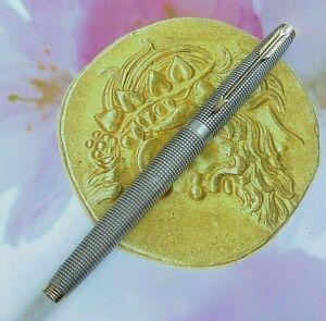 Parker 75 ciselee STERLING SILVER pen