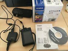 Olympus Stylus XZ-10 12,0 MP Digitalkamera - Schwarz