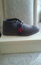 "Authentic ""Levi's"" Men's Faux Leather Signature Comfort Gray Shoes Size 9.5"