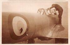 Deutscher Soldat sur Franz. Avion Potez 63 aéroport LAON FRANCE