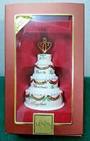 Lenox Ornament 2007 Our 1st Christmas Together Wedding Cake   New in Box! (OL10)