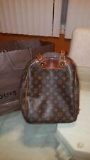 Louis Vuitton Monogram Excursion Bag Travel bag Authenticity real.