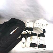 MACHO Karate TaeKwonDo sparring gear Boys/Girls size approx 6-8yrs Pads Bag