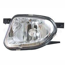 MERCEDES E CLASS (W211 / S211) 2004-2006 FRONT FOG LIGHT LAMP PASSENGER SIDE N/S