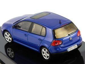 Volkswagen VW Golf V 5-door blue hatchback 1:43 AUTOArt
