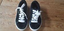 Puma kids boy size 11 black suede tennis shoes