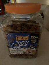 Purina Friskies Party Mix Beachside Crunch Adult Cat Treats, 20 oz. Canister NEW